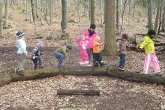 Kinder Waldbaden
