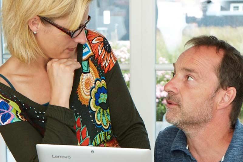 Jasmin Schlimm-Thierjung und Peter Jochem Edrich im Gespräch