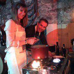 Ella & Tobi beim Kochen