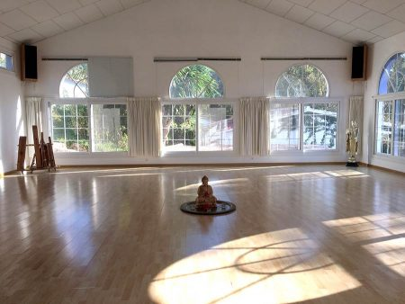 Seminarhotel Malaga Seminarraum in einem Buddha