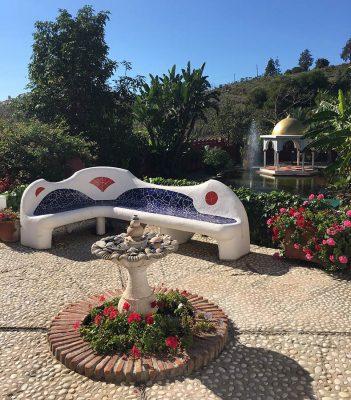Seminarhotel Malaga Sitzgelegenheit im Garten
